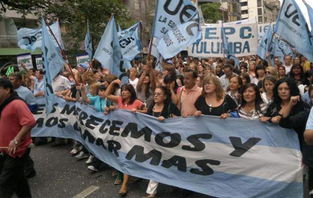 Los docentes de Córdoba van a acompañar la medida nacional