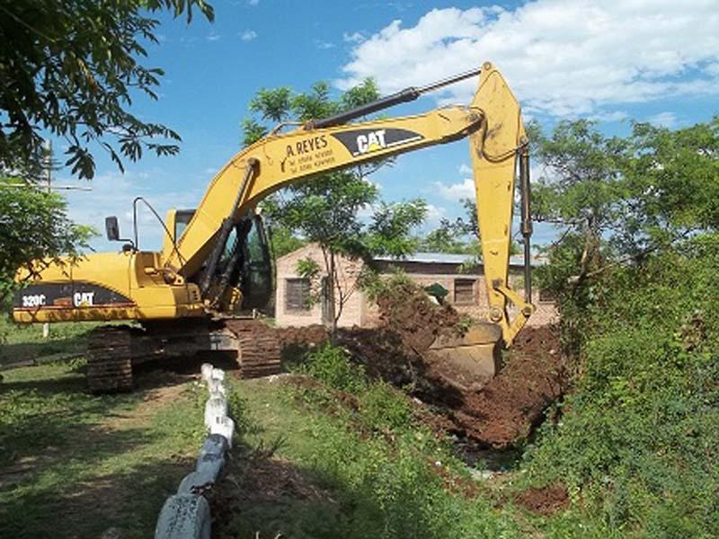 Construyen nuevos canales de desagües en nuestra ciudad