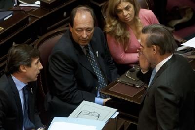Pichetto confía en el que el Senado terminará aprobando el memorándum