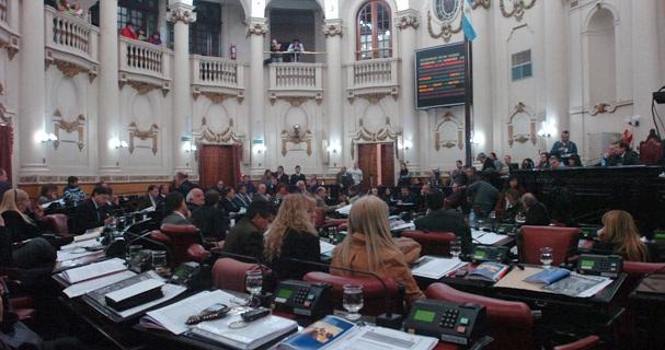 Repudio en la Legislatura Provincial a las declaraciones que vinculan al Papa Francisco con la última dictadura.