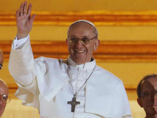 La historia del nuevo Papa relatada en un libro.