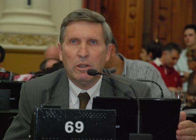 Agosti: rechazo por las actitudes de autoridades en sesión de la legislatura provincial