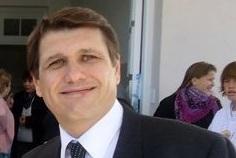El Dr. Miguel Viotti dialogó con Fm estrella, sobre los diversos temas en materia de salud.