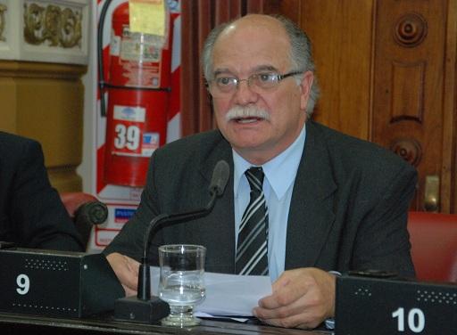 Entrega de 300 netbooks en el departamento Juárez Celman.
