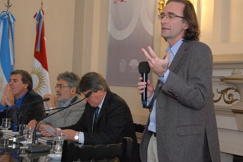 Giordano presentó en la Legislatura el balance 2012 de la Caja de Jubilaciones.