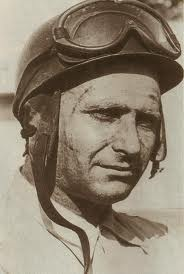 «Día Nacional del Automovilismo Deportivo» en homenaje al gran Juan Manuel Fangio.