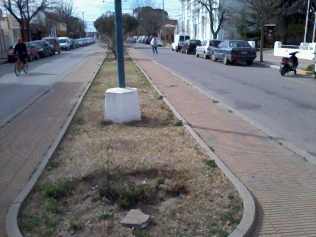 Boulevard: habilitada sólo media calzada.