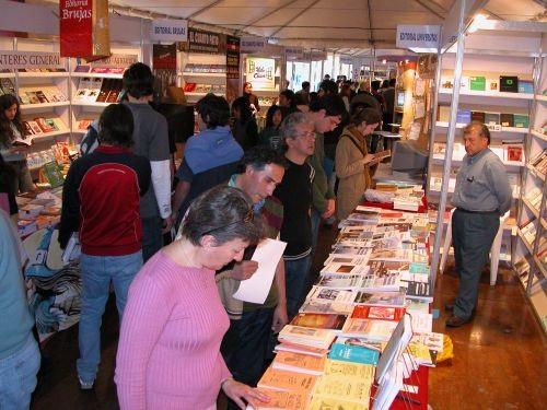 Escritores locales participaron de la Feria del Libro en Córdoba.