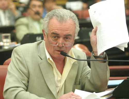 Legislador R. Fonseca cargó duras acusaciones a De la Sota, Schiaretti y Aguad.
