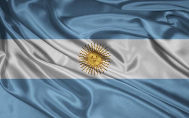 El Acto del Día de la Bandera será en el salón del Club Central Argentino