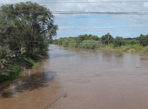 Avanzan las obras de defensa del río en La Carlota