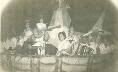 -Carroza LA GALLINA 1961