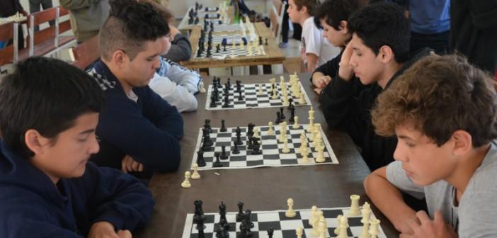 ajedrez-finales-cba-juega