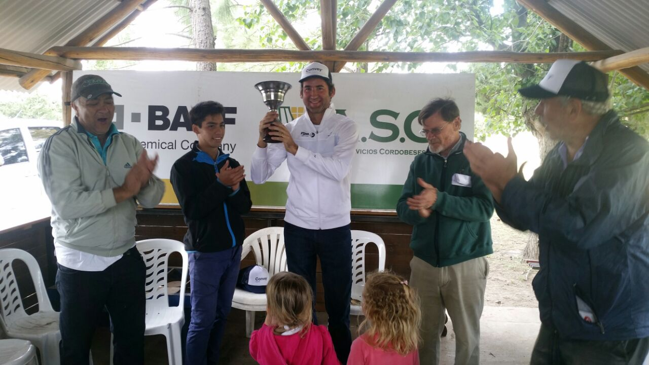 Eduardo Manassero mejor jugador del año en Golf