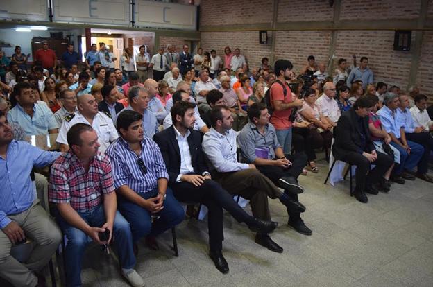 La provincia entregó fondos y firmó convenios en Alejandro