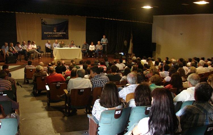 Masivo plenario justicialista en La Carlota