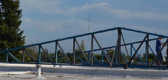 Reparación de techo en escuela Fortín Heroico