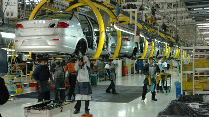 Avances en el sector automotriz y agroindustrial