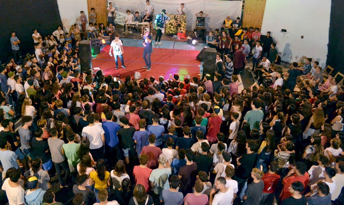 Cientos de adolescentes vivieron una gran fiesta en el Malvinas