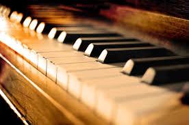 Reprogramación de concierto de piano