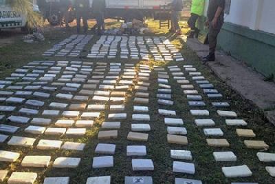 Incautaron 700 kilos de cocaína en un operativo que comenzó en La Carlota