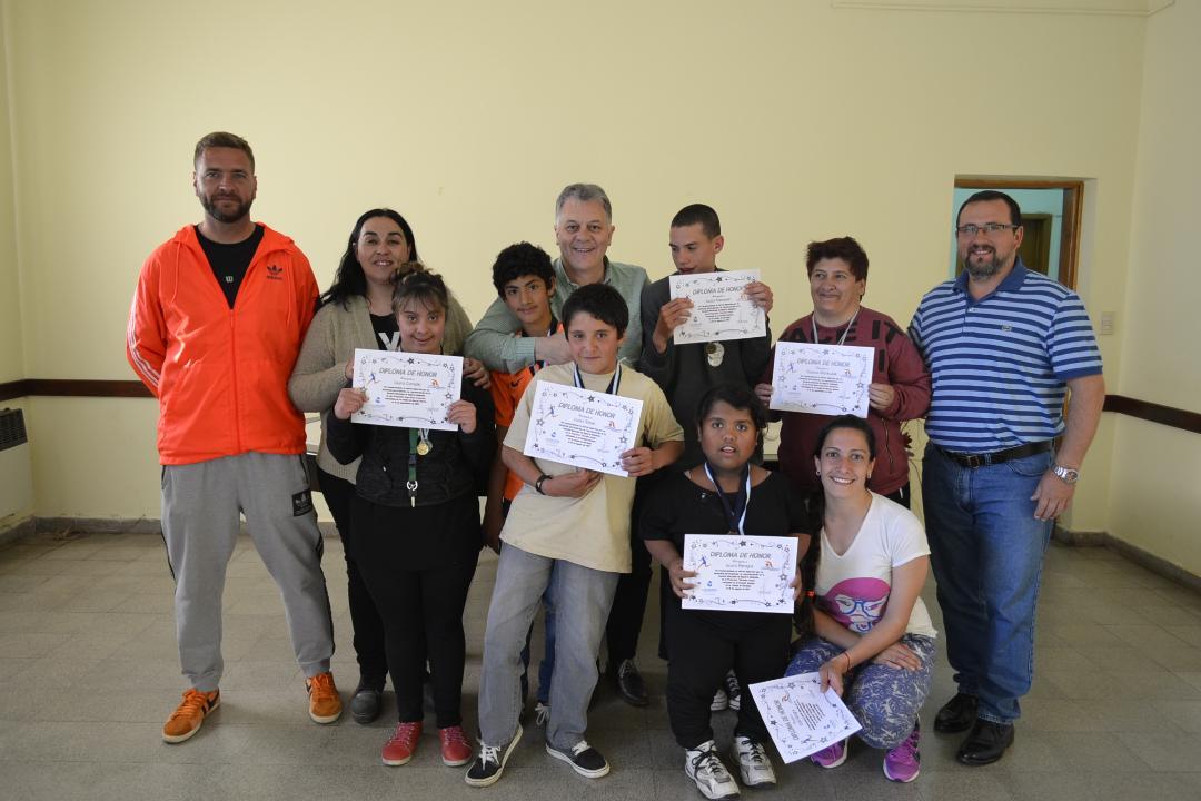 El municipio premió a integrantes de la Escuela de Deporte Adaptado