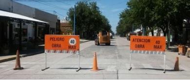 Señalización horizontal en avenidas Yrigoyen y San Martín