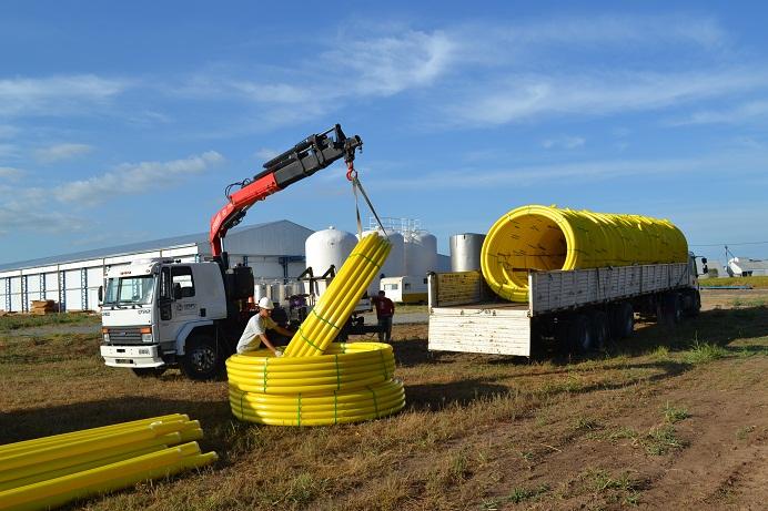 Llegó material para obra de gas natural en parque industrial de Ucacha