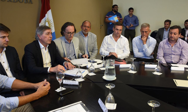 Intendentes UCR analizarán si siguen participando en la Mesa Provincia-Municipios