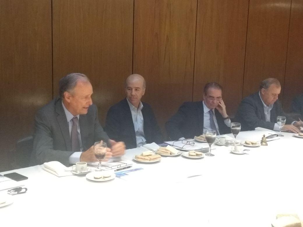 Tagle Presidente de la Bolsa de Comercio de Córdoba