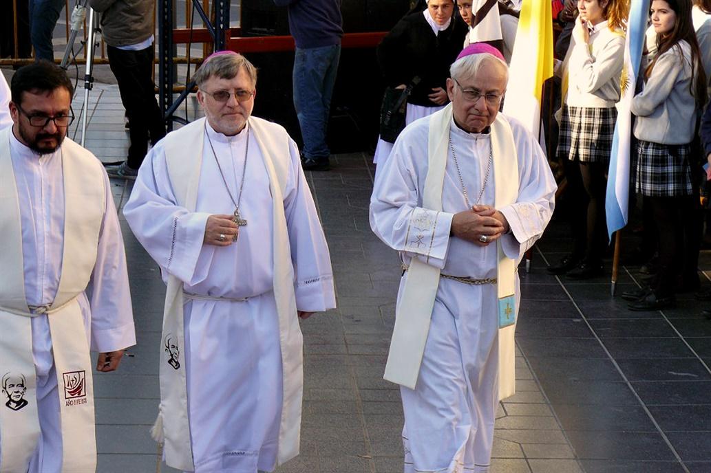 """Aborto: obispos de Córdoba advierten """"dictadura encubierta"""""""