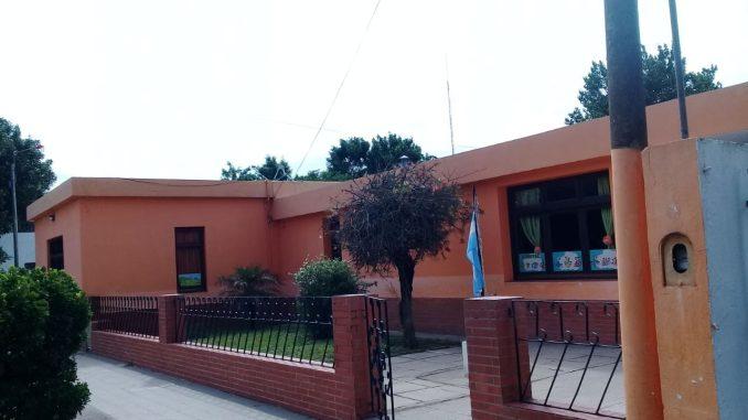 Suspenden por cinco días a la maestra denunciada en Viamonte, y realizarán Cámara Gesell a los nenes