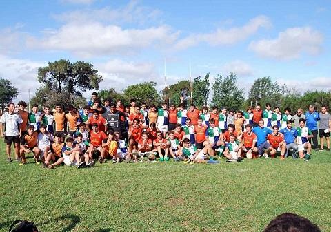 Rugby: Ovalada en acción