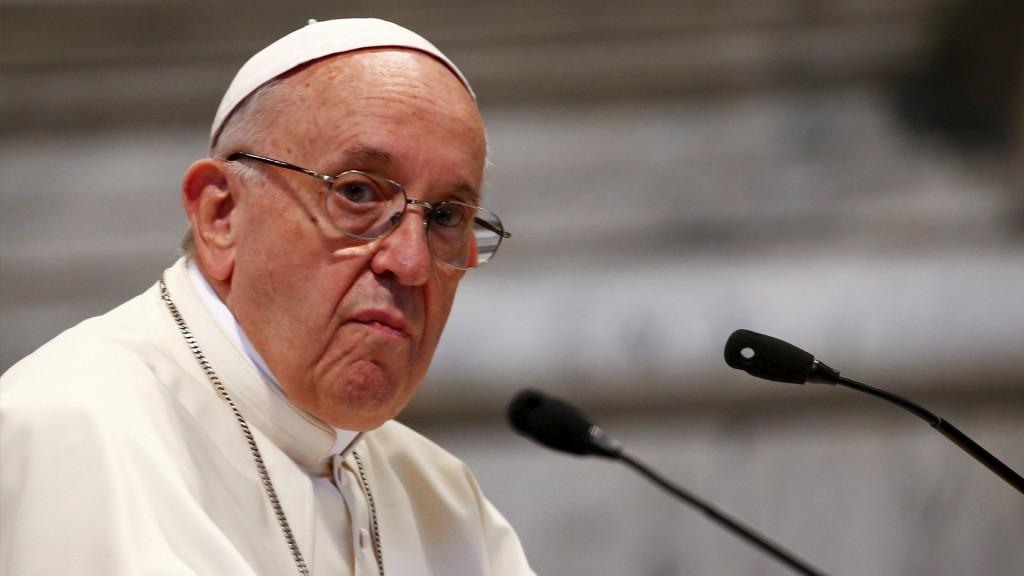 Los episcopados deben reunirse con víctimas de abuso por pedido del Vaticano