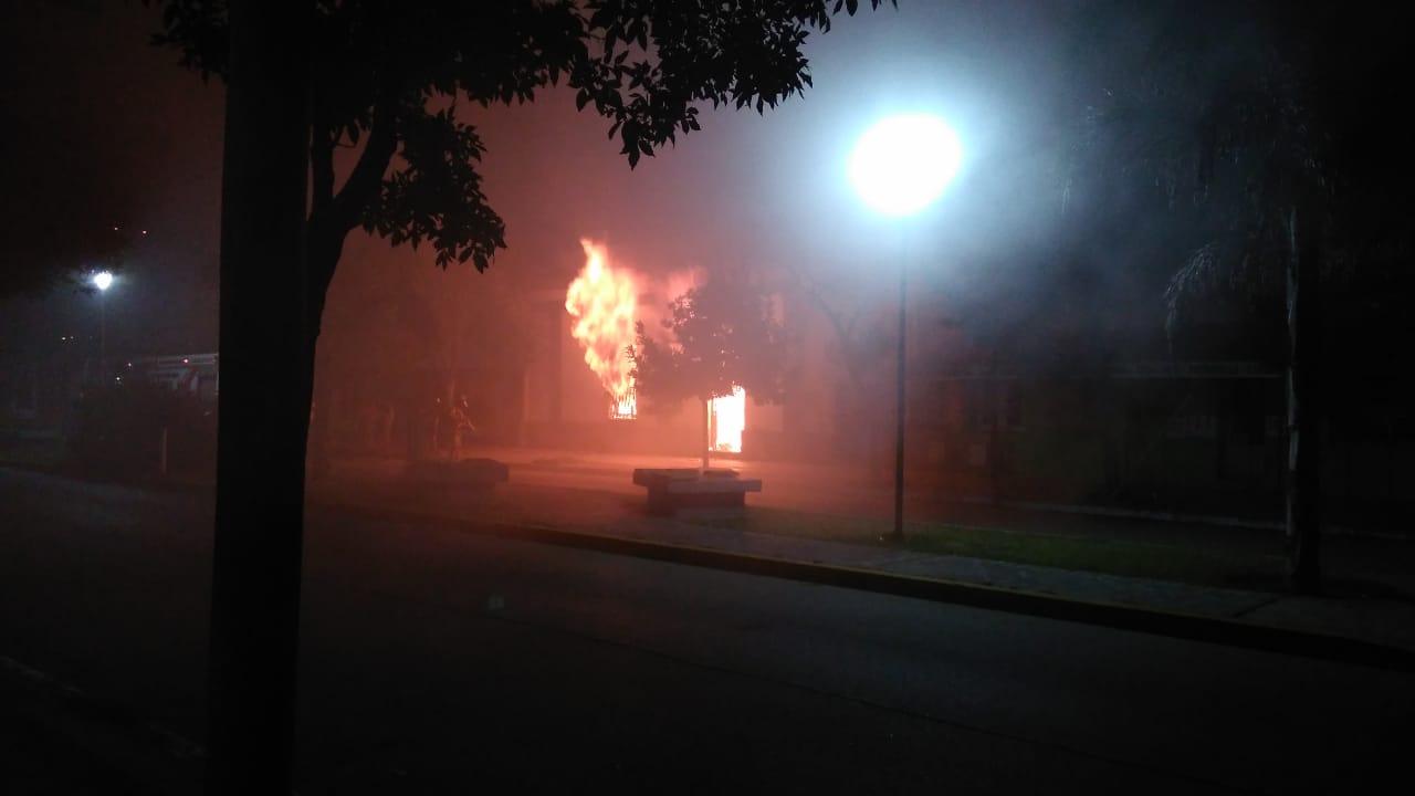 Urgente: grave incendio en el centro de la ciudad