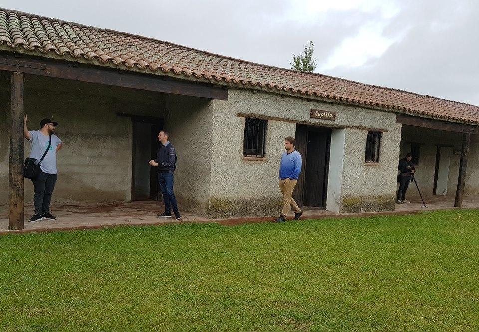 El equipo técnico de Enred registra imágenes de La Carlota para posibles proyectos fílmicos