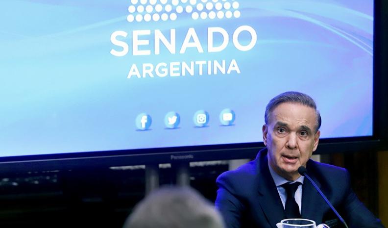 Pichetto: «Macri me ha honrado, inmediatamente le dije que sí»