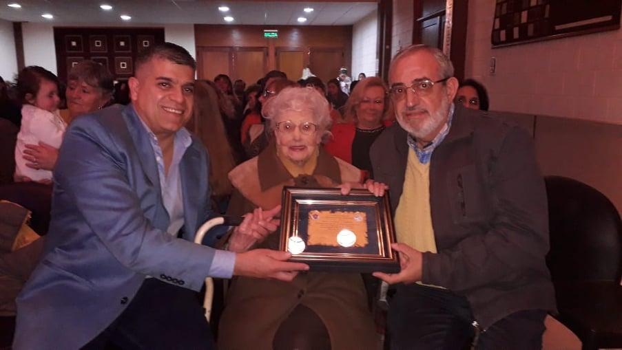 Tancacha: homenajearon a Ninfa Lubrina, la bibliotecaria más longeva de Córdoba (99 años)