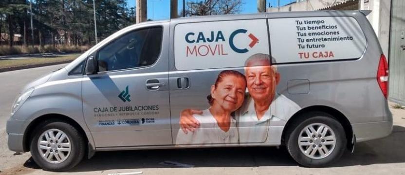 El móvil de la caja de jubilaciones de córdoba se instala en CHAZÓN