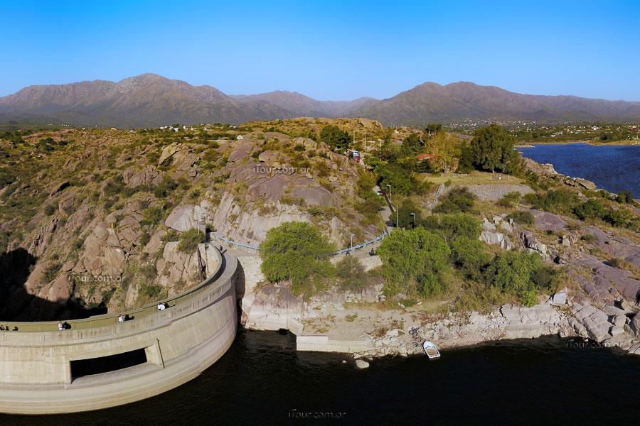 CAPILLA DEL MONTE: voluntarios limpiarán hoy las orillas del dique el cajón