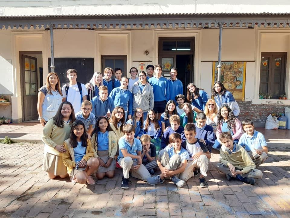 LA CARLOTA: Instituto Girasoles y escuela Superior El Nacional