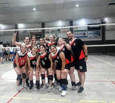 Campeón invicto torneo primera división femenina AVID