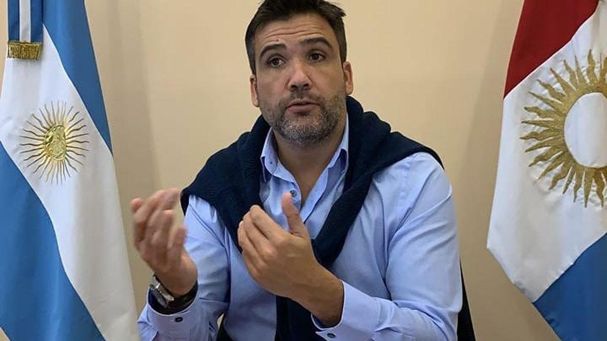 Para el ministro Torres, intendentes y jefes comunales son fundamentales para la aplicación de la cuarentena administrada