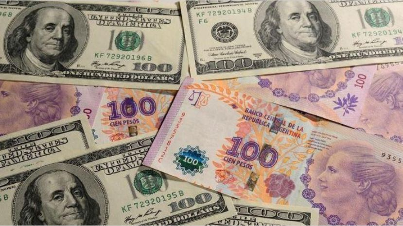 """Desde mañana regirán fuertes trabas para comprar dólar Bolsa y """"contado con liquidación"""""""
