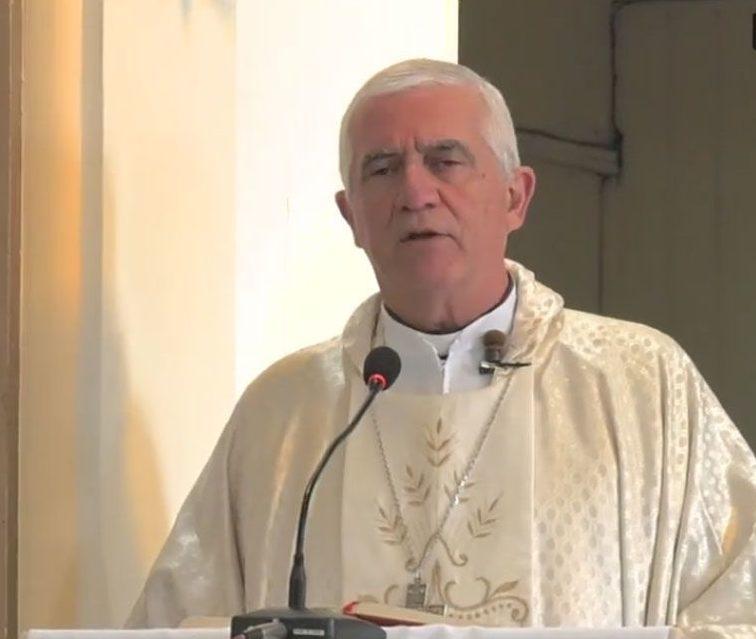 Desde el santuario de Fátima, el obispo Uriona brindó la misa del quinto domingo de Pascua