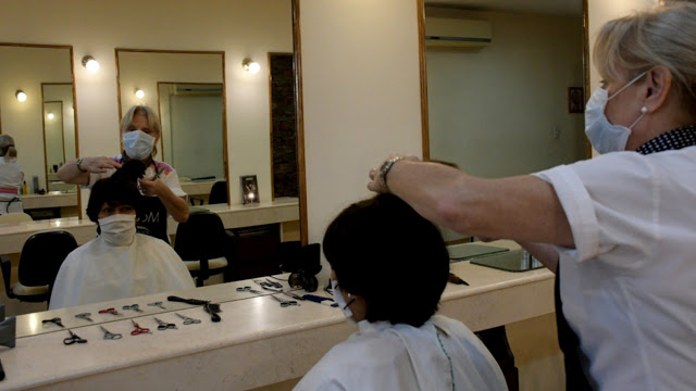 El COE habilita en las zonas blancas el trabajo de peluquerías, quinielas, psicólogos y nutricionistas