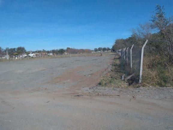 CHAJÁN: construyen una playa para estacionar camiones y maquinarias agrícolas