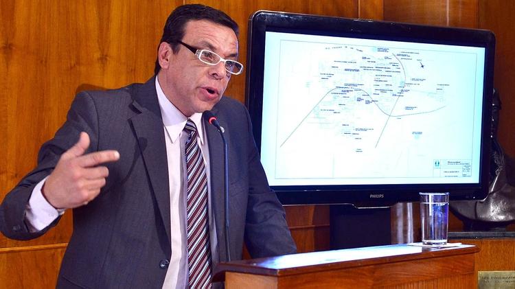El intendente de Zárate emitirá una estampilla por valor de $100 pesos y advierten que podría funcionar como una cuasimoneda