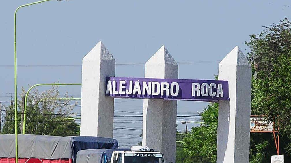 ALEJANDRO ROCA: municipio donará todos los 2 de junio un terreno para un bombero