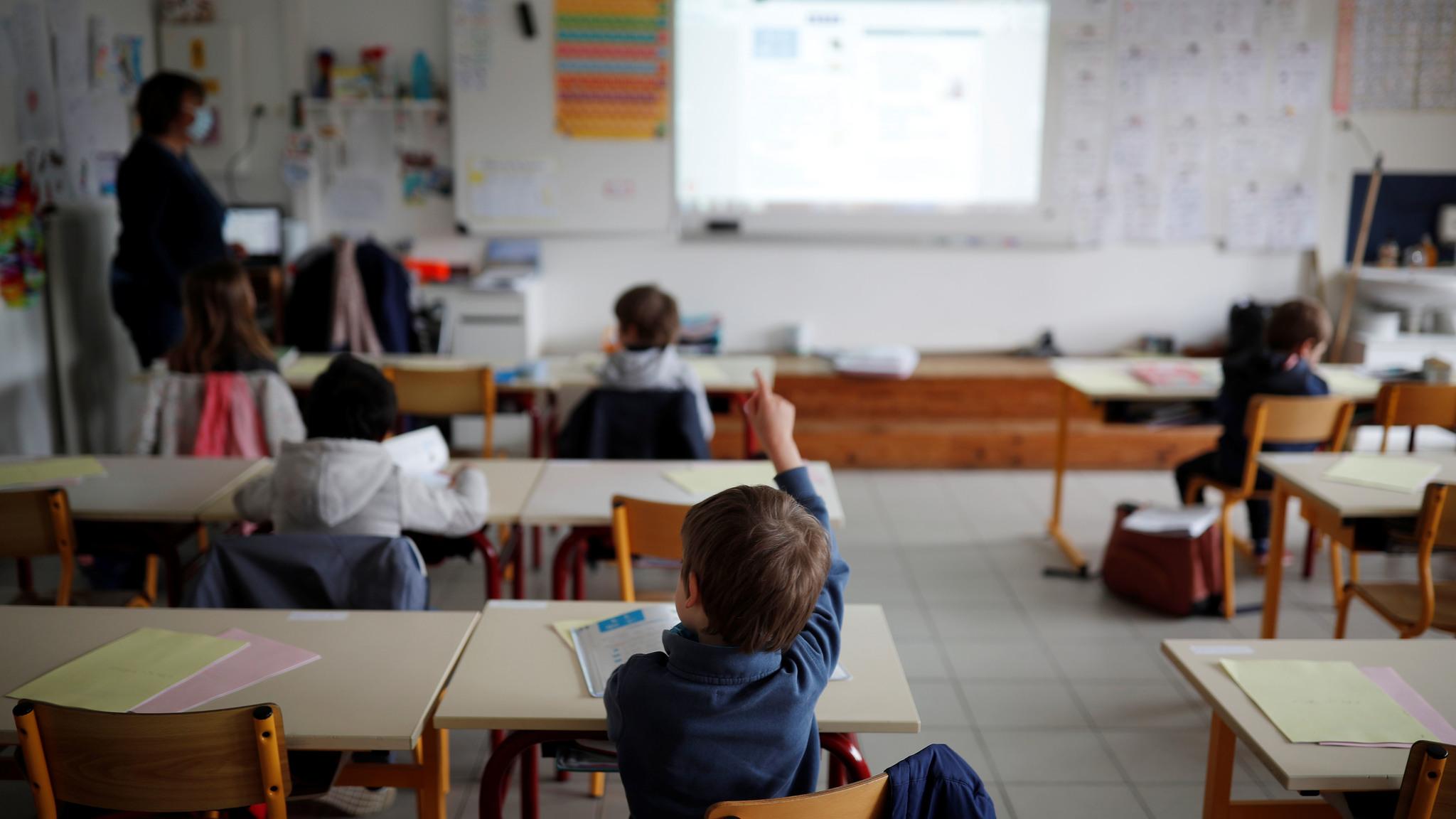 Así será el regreso a clases: tapabocas desde 1º grado, grupos rotativos y distancia de 2 metros